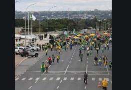 Apoiadores de Bolsonaro fazem ato para atacar Moro, Congresso e Supremo – VEJA VÍDEO