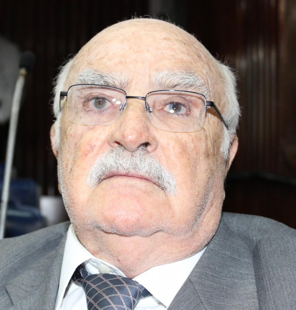 DEP. WILSON BRAGA 14 - TRÊS DIAS DE LUTO: ALPB lamenta falecimento do ex-governador Wilson Braga e suspende atividades