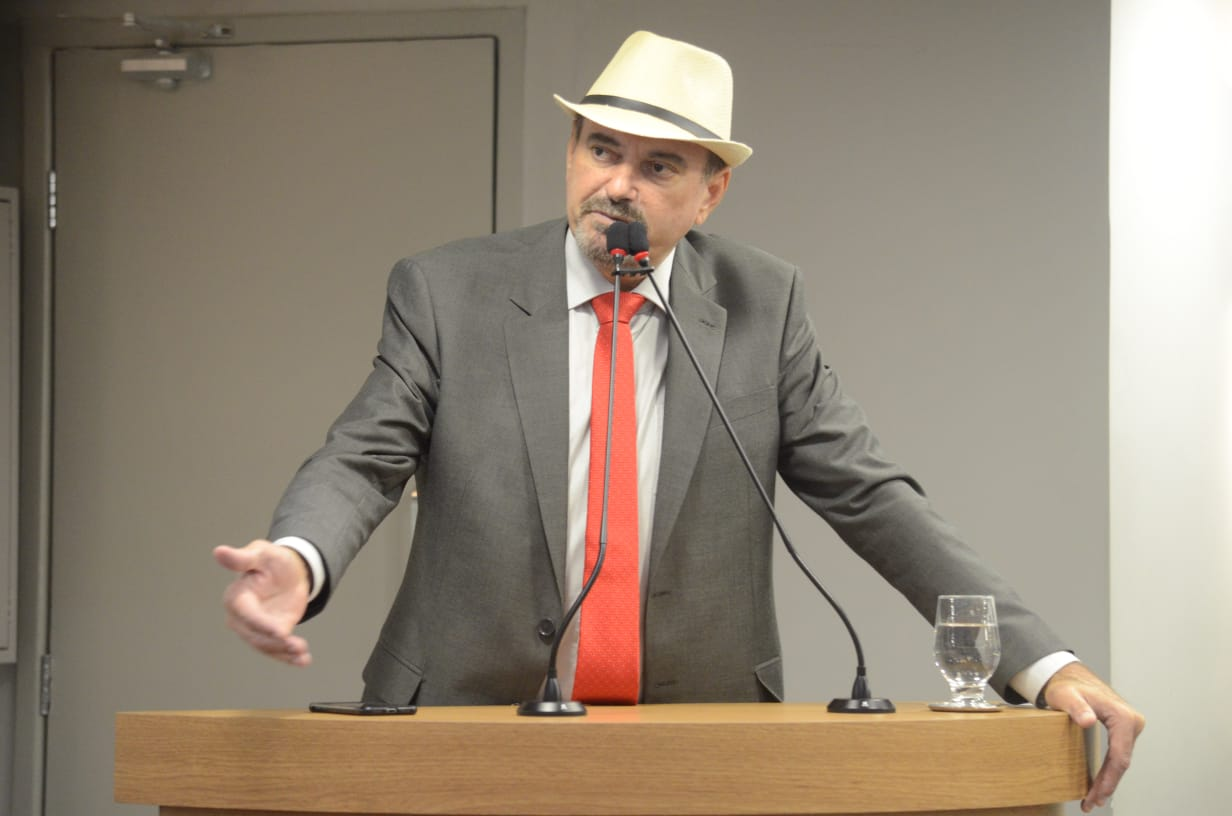 Deputado Jeová Campos é autor de PL que propõe a criacão do programa de auxilio emergencial - PL propõe criação de um programa de Auxílio Emergencial para os trabalhadores do setor cultural e para os espaços culturais da Paraíba