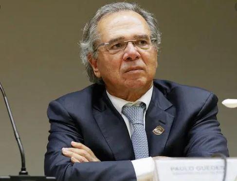 Guedes 1 - DE R$600 PARA R$200: Paulo Guedes admite que haverá prorrogação do Auxílio Emergencial