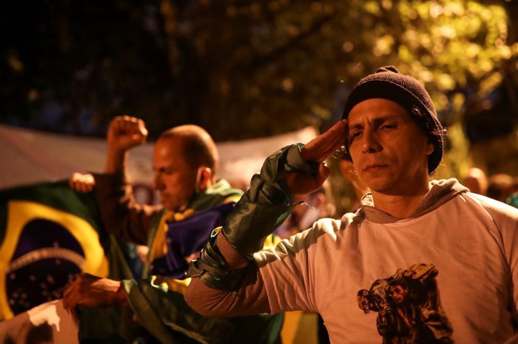 """SHHXVNWD5BE7VBMBAXVPHAJZKI 1024x679 - Bolsonaro insistiu em reduzir controle de armas quatro vezes na pandemia para """"armar população"""""""