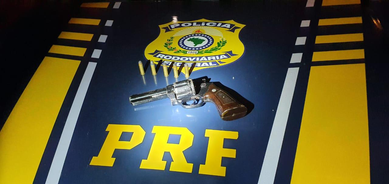 WhatsApp Image 2020 05 07 at 10.27.44 - PRF na Paraíba prende homem com arma de fogo durante abordagem em Campina Grande
