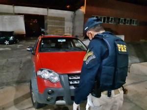 WhatsApp Image 2020 05 22 at 09.16.40 300x225 - Dois carro e duas motocicletas roubadas são recuperadas após fiscalização da PRF, na Paraíba
