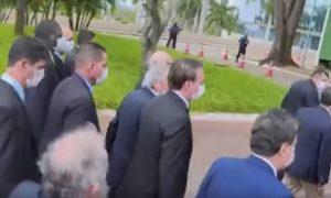bolsonaro e empresarios 300x180 - Empresários consideram que Bolsonaro fez armadilha ao levá-los ao STF