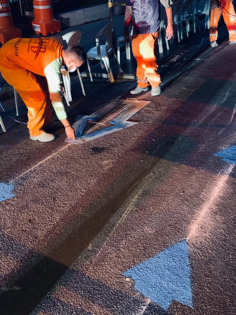 chao - Superintendência de Trânsito de Campina Grande realiza demarcação para distanciamento nas filas da agencia central da Caixa Econômica