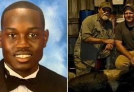 Pai e filho executam jovem negro porque ele praticava exercícios – VEJA VÍDEO