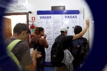 naom 5ae31ad620e91 - Brasil perde mais de 860 mil empregos formais em abril