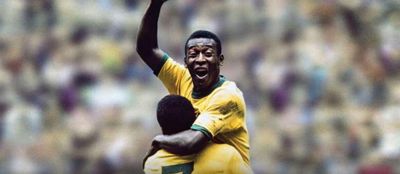 pele coluna bauru 1240x540 1 - Site inglês afirma que Pelé é o jogador mais supervalorizado da história do futebol