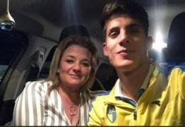 """VÍTIMA DE AGRESSÃO: """"Fez um buraco na minha cabeça"""", denuncia ex-namorada de Tiago Ramos"""