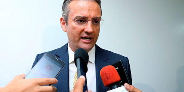 """rolando 750x375 1 - """"Tá no governo certo. Encontro de almas"""" diz Jackson Macêdo sobre novo diretor da PF do Rio que foi reprovado no psicotécnico da PRF"""
