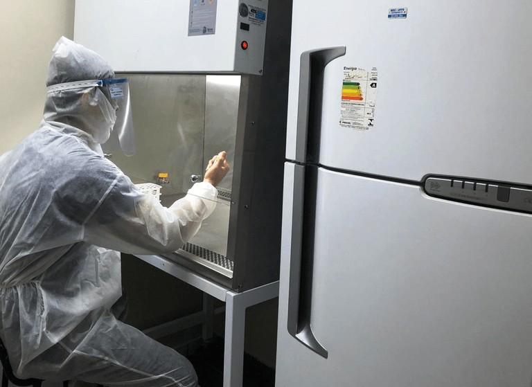 segundo laboratório - 'Picos de novos casos e mortes não serão atingidos antes de junho', diz pesquisador da UFPB