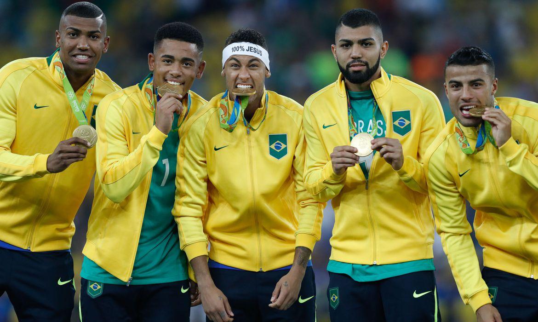 1039259 20082016  mg 4209 - Boas e más lembranças do futebol brasileiro no Maracanã