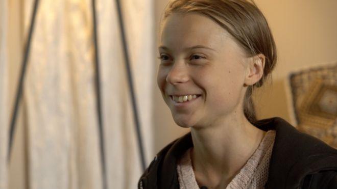 112970885 greta2 - Mudança climática é 'tão urgente' quanto coronavírus, diz Greta Thunberg
