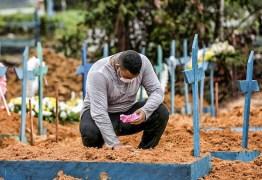 CORONAVÍRUS: Brasil tem 2ª maior alta de mortes com 1.374; total chega a 52.645