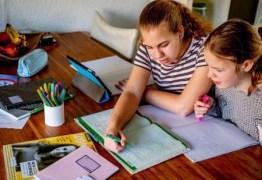 Pesquisa revela que 144 mil estudantes paraibanos não tiveram atividades escolares em julho