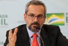 Exoneração do ministro da Educação de Bolsonaro será alívio para o país