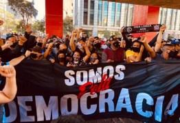 MANIFESTOS E MANIFESTAÇÕES:  Ingrediente que faltava para o impeachment, a população nas ruas, está começando a surgir – Por Hélio Schwartsman