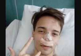 Jovem se masturba após cirurgia no nariz e vai parar na UTI
