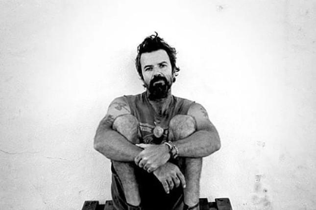 Capturaro 3 - Pau Donés, vocalista do grupo espanhol Jarabe de Palo, morre aos 53 anos