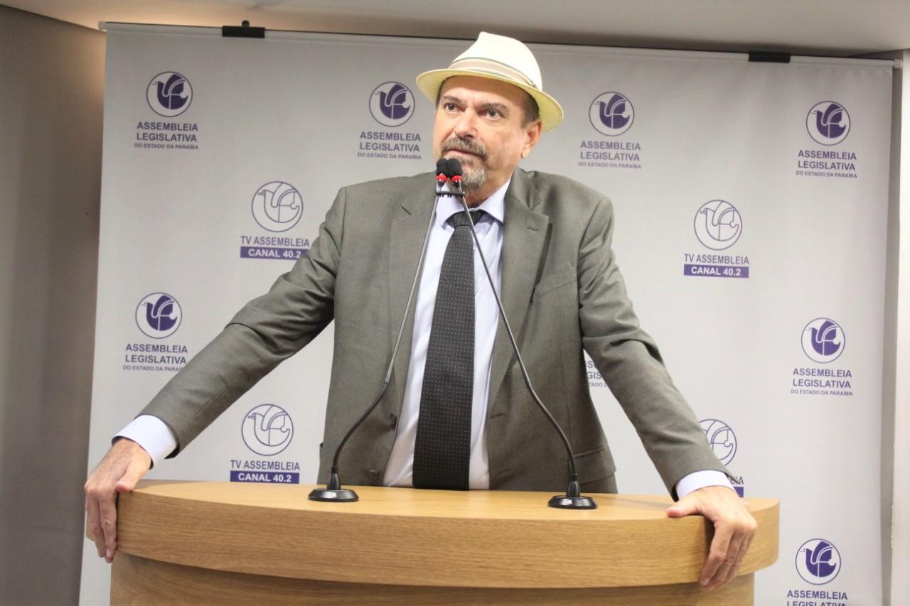 Deputado Jeová Campos defende prorrogação até final do ano com o mesmo valor  - Deputado Jeová destaca protagonismo da ALPB na solicitação da ampliação do pagamento do auxílio emergencial