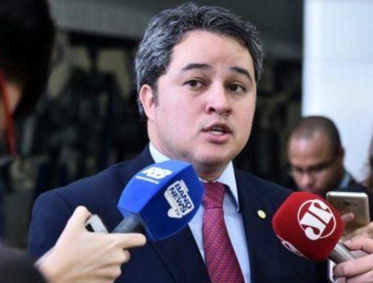 EFRAIM FILHO 3 - Efraim Filho: discussão sobre impeachment é 'prematura' e 'desnecessária'