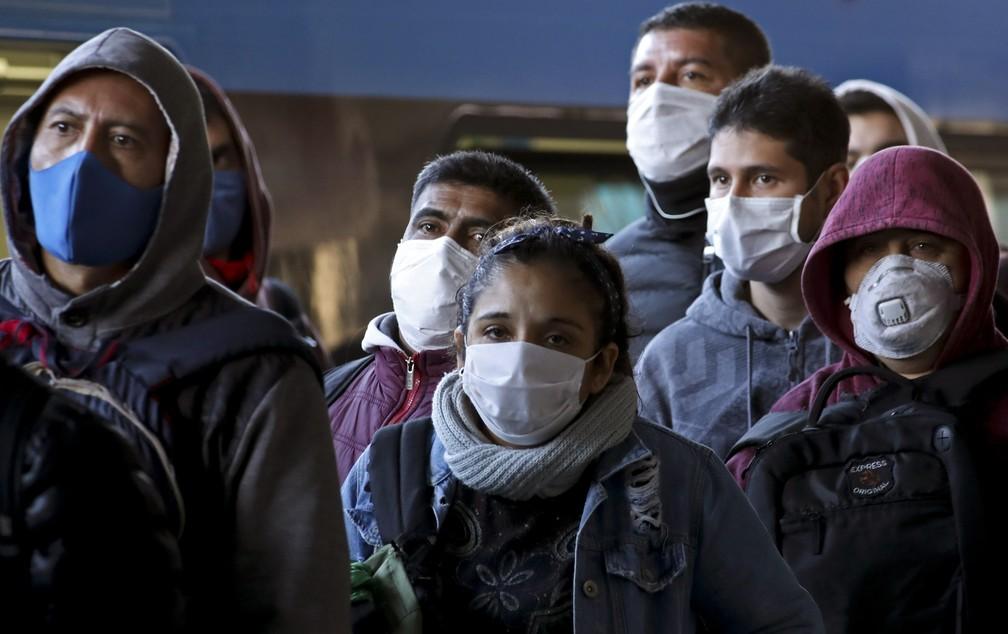 ap20106494389040 - Com mortes em alta, Brasil tem menor isolamento desde início da quarentena