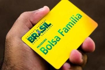 bolsa familia 1 660x430 1 - Governo tira R$ 83 milhões do Bolsa Família e transfere para a Comunicação