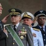 bolsonaro militares - Bolsonaro sai ou vai ser saído - por Magno Martins