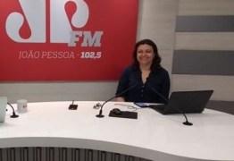 Jornalista Cláudia Carvalho anuncia saída da Rede Tambaú de Comunicação