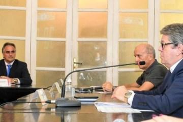 joao e cartaxo 750x375 1 - Seis auxiliares do Governo do Estado e cinco da PMJP devem deixar cargo para disputar eleições na Paraíba