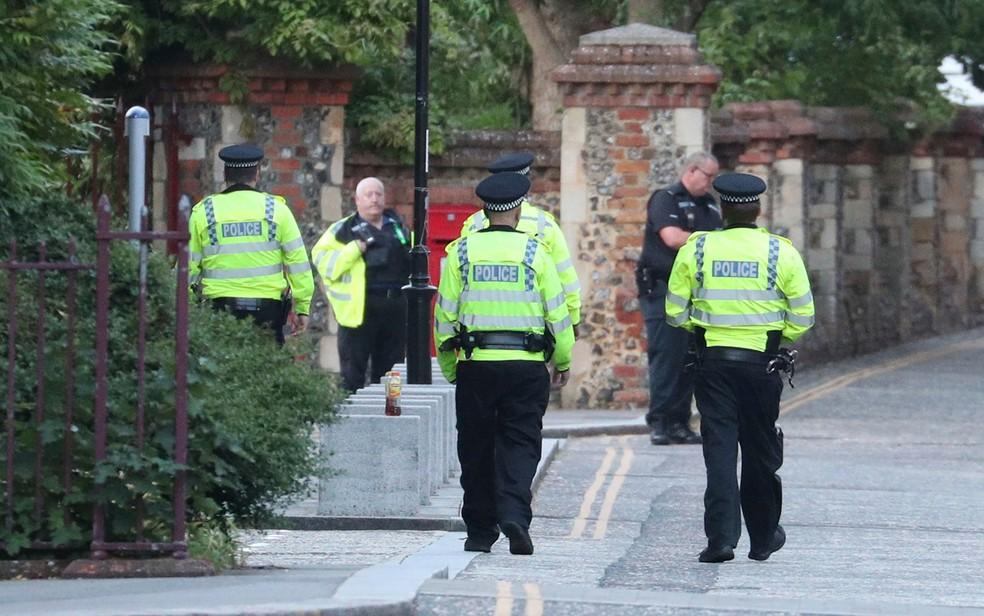 policia britanica - Polícia diz que ataque com faca no sul da Inglaterra foi ato terrorista