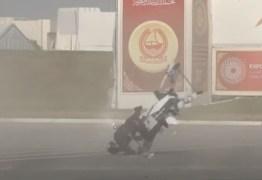 Acidente com 'moto voadora' é registrado durante testes, em Dubai