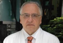 "Infectologista afirma que ""longevidade da pandemia pode isolar o Brasil do resto do mundo"""