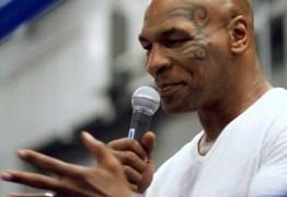 Mike Tyson volta aos ringues em setembro contra Roy Jones Jr.