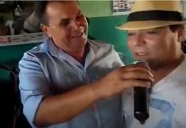 Nas redes sociais: vídeo de Deda Ribeiro e Arimatéia cantando juntos comove internautas – CONFIRA