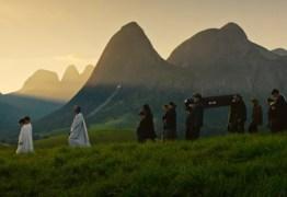 Suspense 'Macabro' estreia em drive-ins e mostra 'irmãos necrófilos' e violência no Brasil