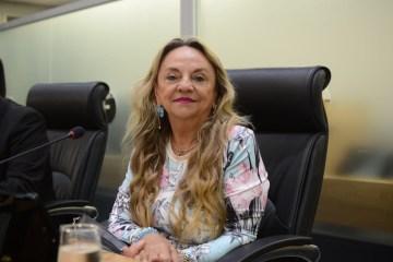 Dra. Paula 4 - Pedido de Dra Paula sobre a estadualização da estrada que liga Poço Dantas à fronteira com o RN é aprovado