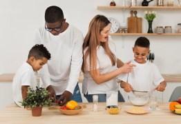 E-book gratuito de receitas divertidas promete entreter as crianças durante a quarentena