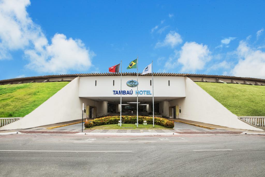 Hotel Tambaú - HOTEL TAMBAÚ ABANDONADO: Sem-tetos poderão invadir hotel em JP após gerente e administrador ir embora com família