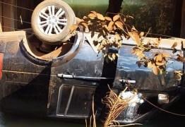 Filhos do cantor Leonardo sofrem acidente de carro; veículo capota e cai em rio – VEJA VÍDEO