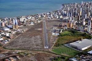 aeroclube 300x200 - FIM DA NOVELA: Aeronáutica e ANAC desativam definitivamente o Aeroclube no Bessa - VEJA VÍDEO