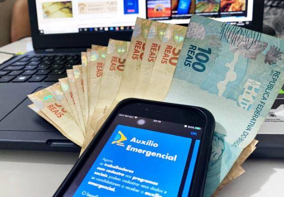 auxílio - CARROS DE LUXO, EMBARCAÇÕES: Empresários paraibanos fazem a 'farra' com os R$ 600 do auxílio emergencial concedido pelo Governo Federal