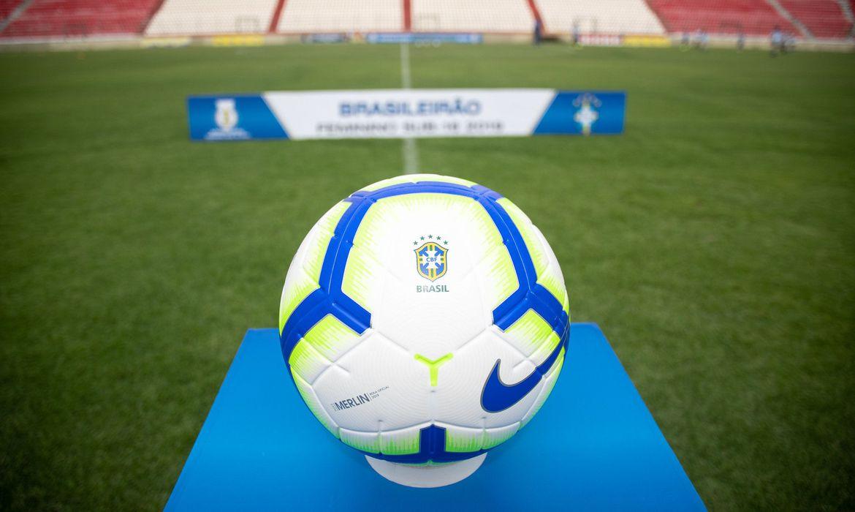 campeonato brasileiro bola - CBF afirma que Brasileiro começa no dia 9 de agosto