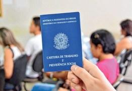 Cerca de 1 milhão de pessoas voltou a procurar emprego, diz IBGE