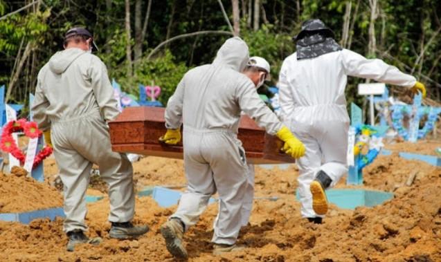 covid 7 - Covid-19: Brasil contabiliza 1.212 novas mortes em 24 h; total passa de 92 mil