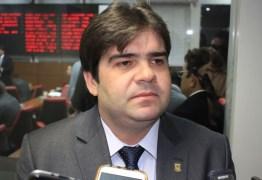 'Decisão pensada e madura', afirma Eduardo Carneiro sobre aliança com João Azevêdo – OUÇA