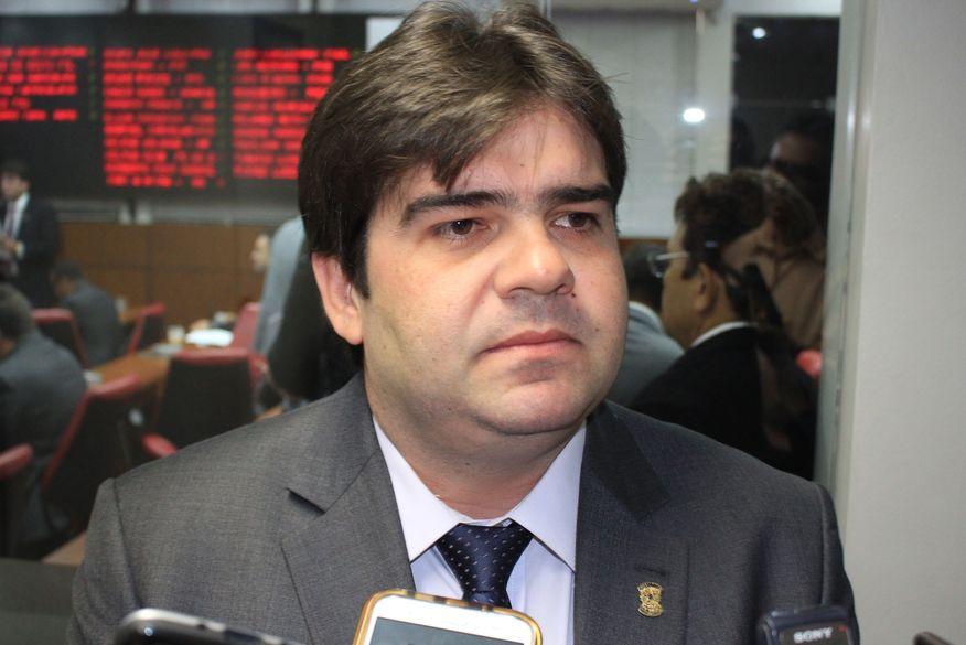 eduardo carneiro walla santos 21 - 'Decisão pensada e madura', afirma Eduardo Carneiro sobre aliança com João Azevêdo - OUÇA