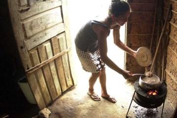 familiacarente2152201 - 37 MIL PESSOAS POR DIA: Pandemia deve ampliar em 48% mortes por fome