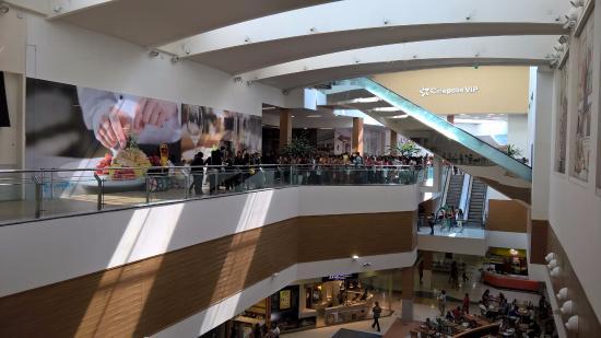 manaira shopping 1 - Com novos protocolos e fiscalização rigorosa, PMJP flexibiliza comércio varejista, shoppings e atividades esportivas individuais