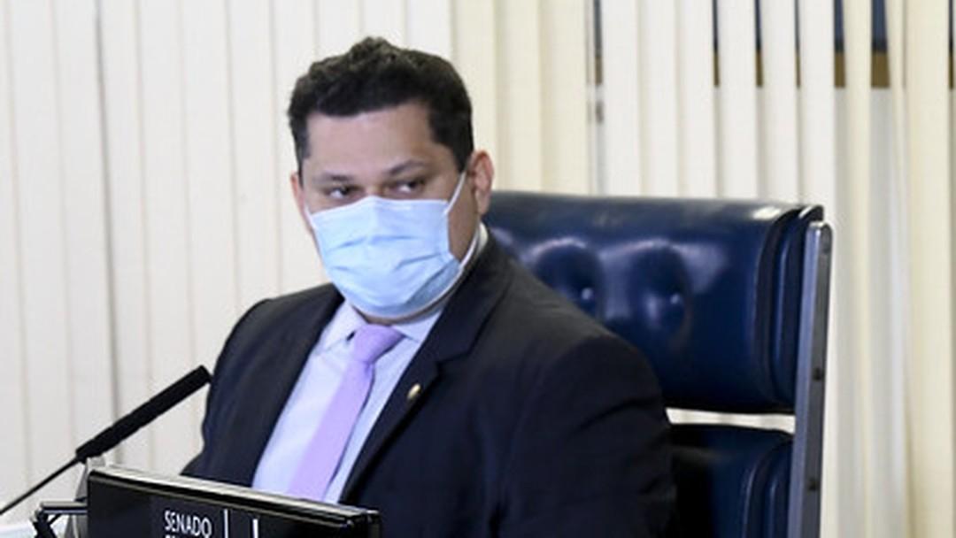 mourao - Alcolumbre relata pane no celular e diz que enviará aparelho para polícia